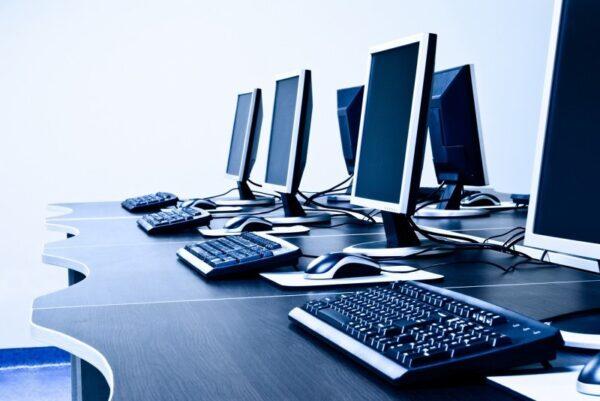 informaticka firma